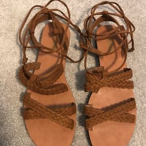 Beautiful brown sandals with lace up option
